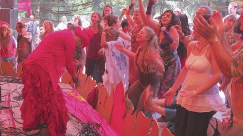 C.C. White - Soul Kirtan at Beloved Festival 2014! (10) (Photo by Ankush Vimawala)
